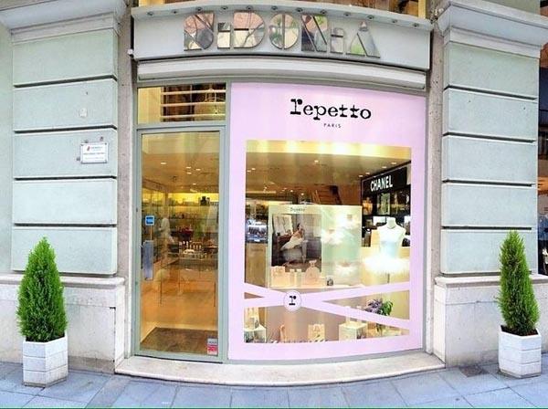 Tienda_Perfumería Sidonia
