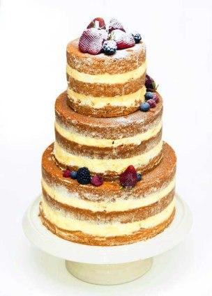 Tarta de boda de tres pisos de Dulces Creaciones