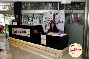 JUST_MARRIED_MARKET-006[1]