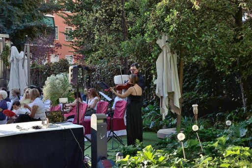 fotografía e imagen MANUEL AGUERA_Imagen, peluquería y estilismo- ANA DÍAZ ESTILISTA_Desfile de boda Just Married Market (2)