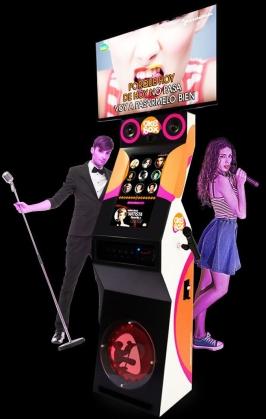 fotomaton-alquiler-fotomaton-bodas-eventos-alquiler-karaoke-1.jpg